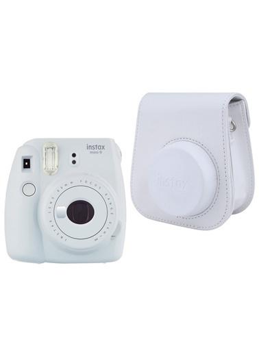 Fujifilm instax mini 9 Beyaz Fotoğraf Makinesi ve Deri Çanta Seti Beyaz
